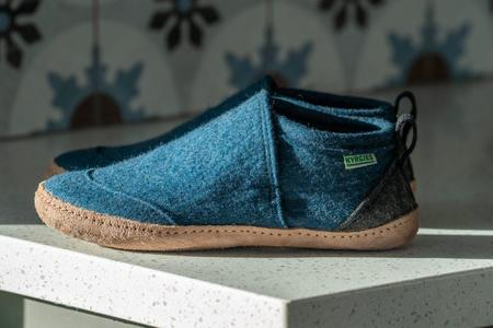 Kyrgies All Natural Tengries House Shoes - Heathered Navy