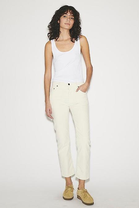 495 Winter White Jean-White