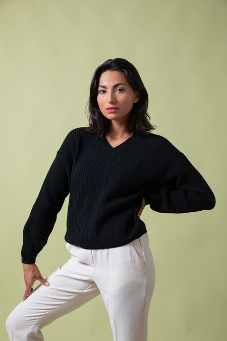 rifo recycled cashmere luisa sweater - black