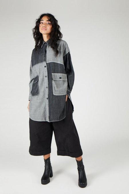 INTENTIONALLY ________HEZEL Button Down - Grey