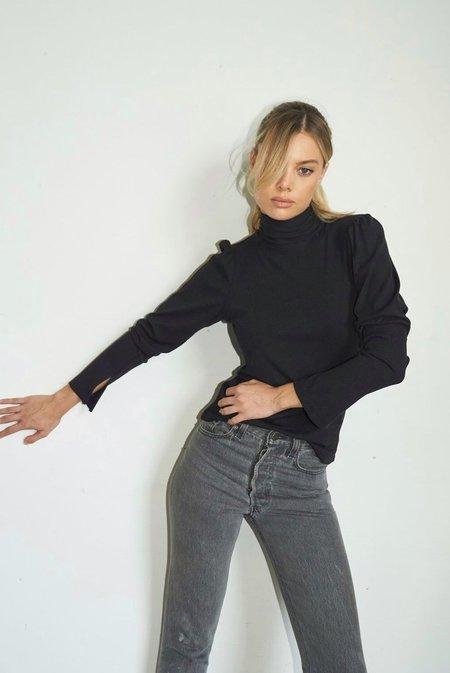 LnA Mazzy Rib Long Sleeve Top - Black
