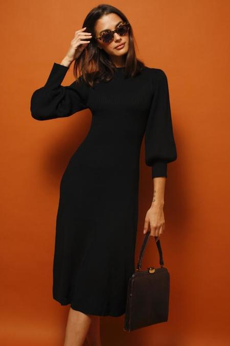 Lush Knit Oversized Sleeve Dress - Noir
