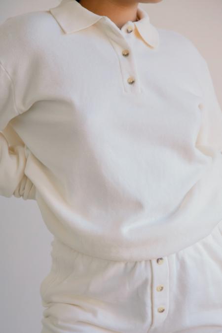 Donni. Vintage Polo Sweatshirt - Creme