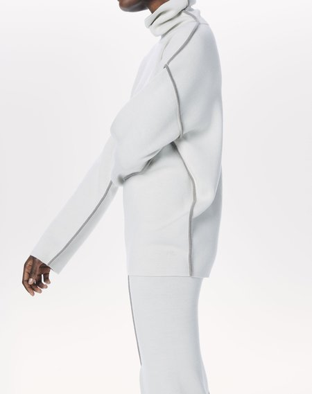 Victoria Beckham High Neck Merino Piping-Detail Jumper sweater - white