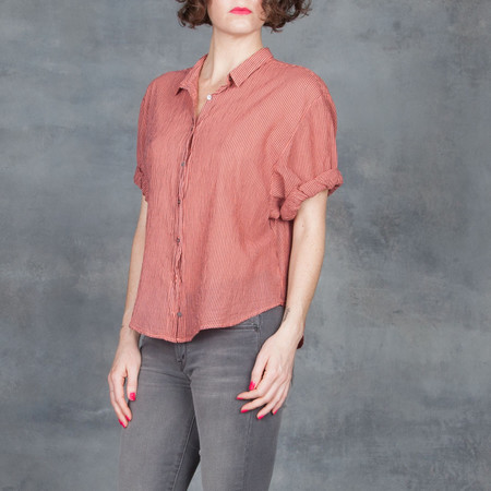 Xirena Chance Cropped Shirt Coral Reef