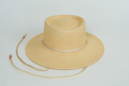 Clyde Telescope Hat in Peach w. Drawstring