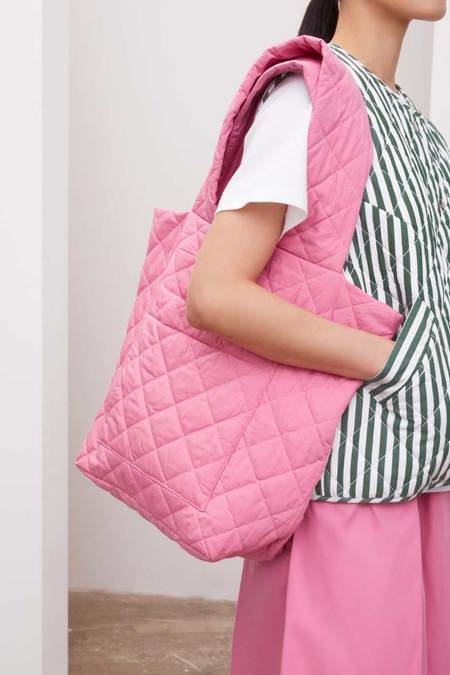 Kowtow Quilted Bag - Peony
