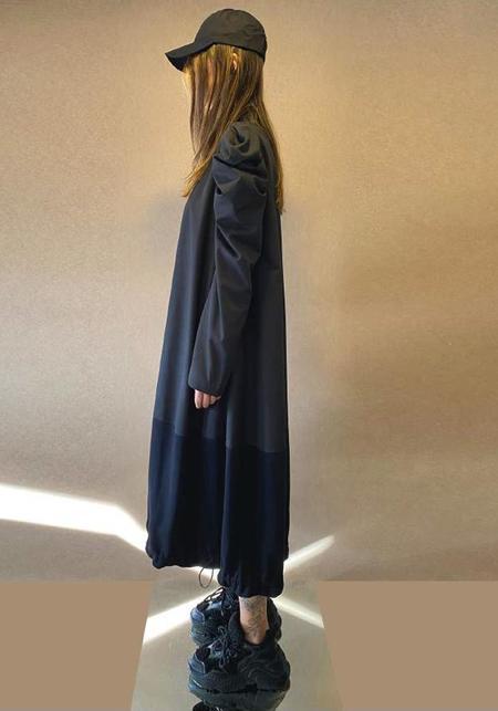 MiiN Bold Shoulder Paneled Long Sleeve Bubble Dress - Black