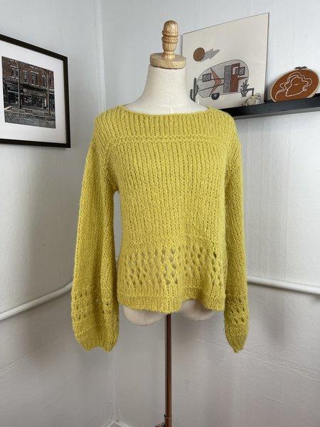 [Pre-Loved] Lilla P. Chartreuse Alpaca Sweater - cream