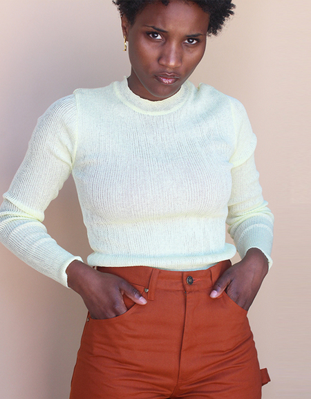 Achro ROUND NECK THIN RIBBED knit top