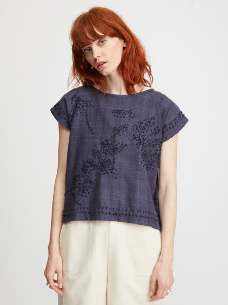 Nikki Chasin FLORAL FRENCH KNOT PONCHO TOP - NAVY