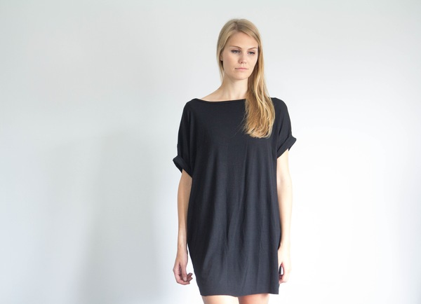 Devlyn van Loon Oversized T Dress