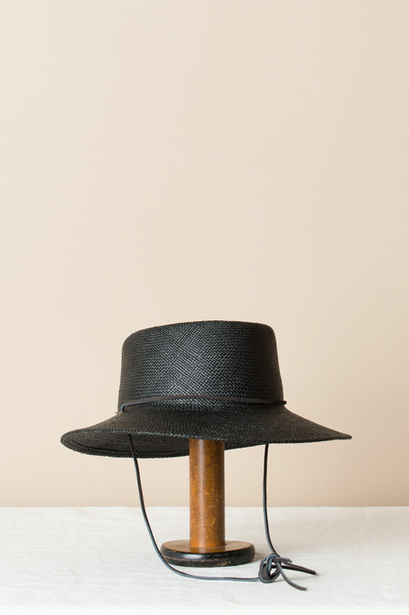Clyde Telescope Hat In Black