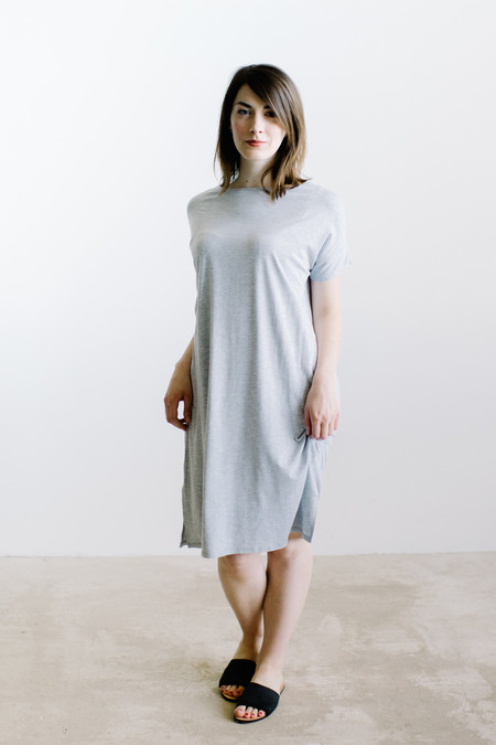 Natalie Busby Soft Square Dress / Heather Gray
