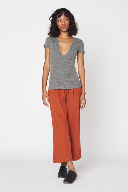 Lacausa Clothing Heather Deep Scoop T