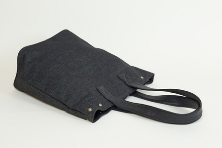 Clyde Belve Snap Tote in Black Denim