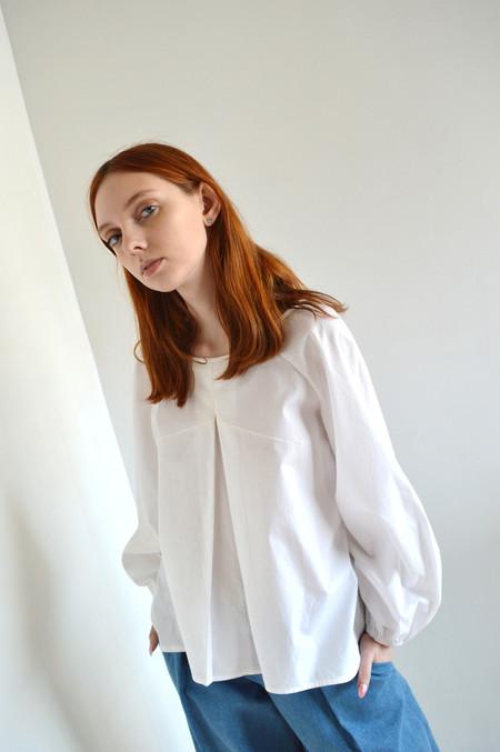 Eliza Faulkner Vee Top