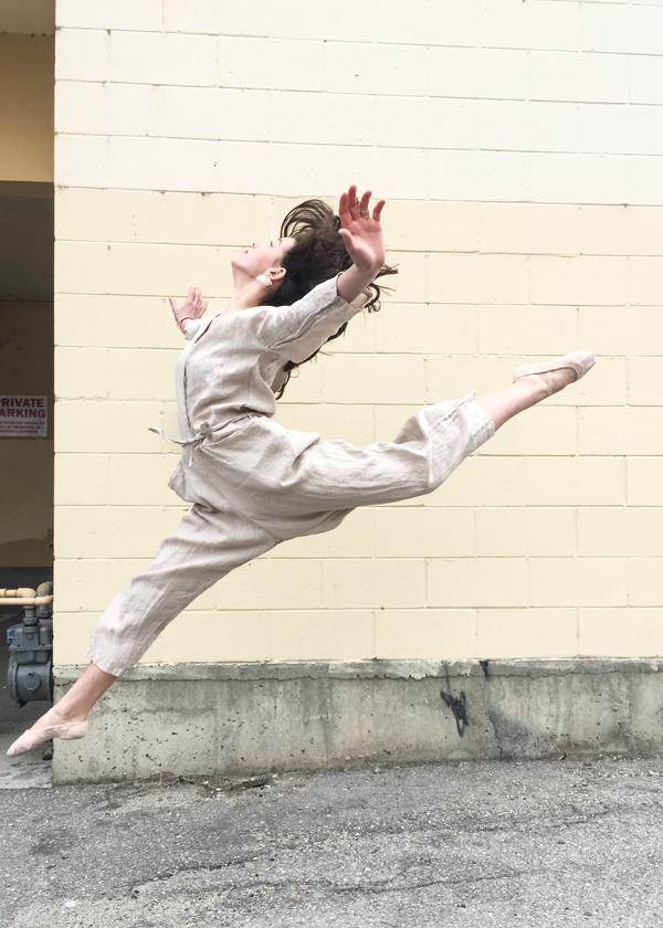 Black Crane painter jumper