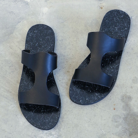 Kyma Santorini Sandals in Black Stone