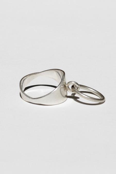 Mondo Mondo Silver Odalisque Ring