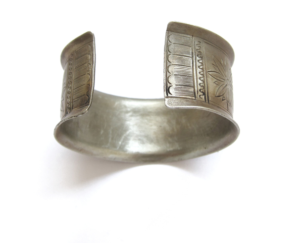 Vintage Collection Silver Pattern Cuff