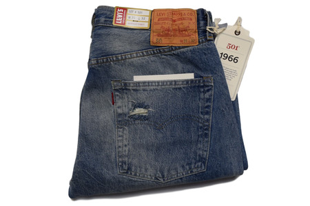 Levis Vintage Clothing 1966 501 Mr. Kite wash