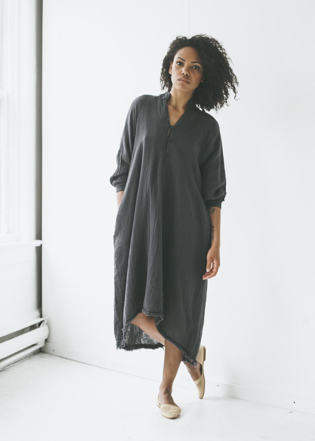 Black Crane Double Gauze Dress In Dark Grey Garmentory