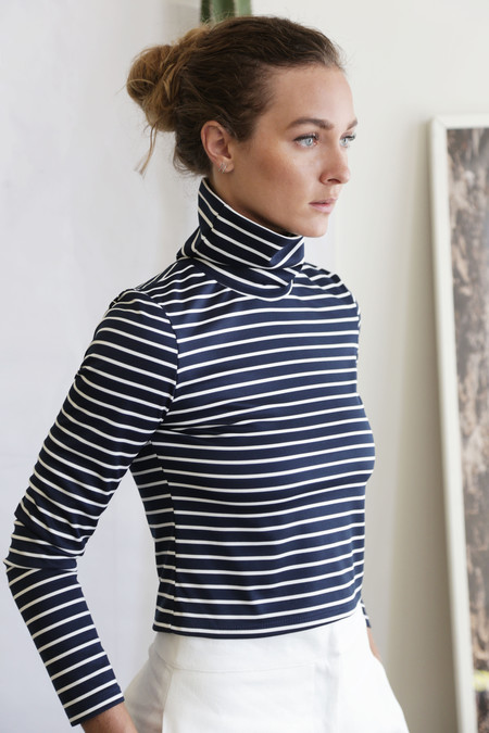 Heidi Merrick SUMMER TURTLENECKS - NAVY STRIPE