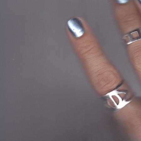 ALYNNE LAVIGNE - Eye Ring