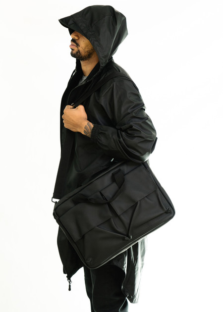 Rains Pace Bag (Black)