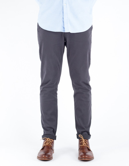 The Daily Co.Slim Chino Charcoal