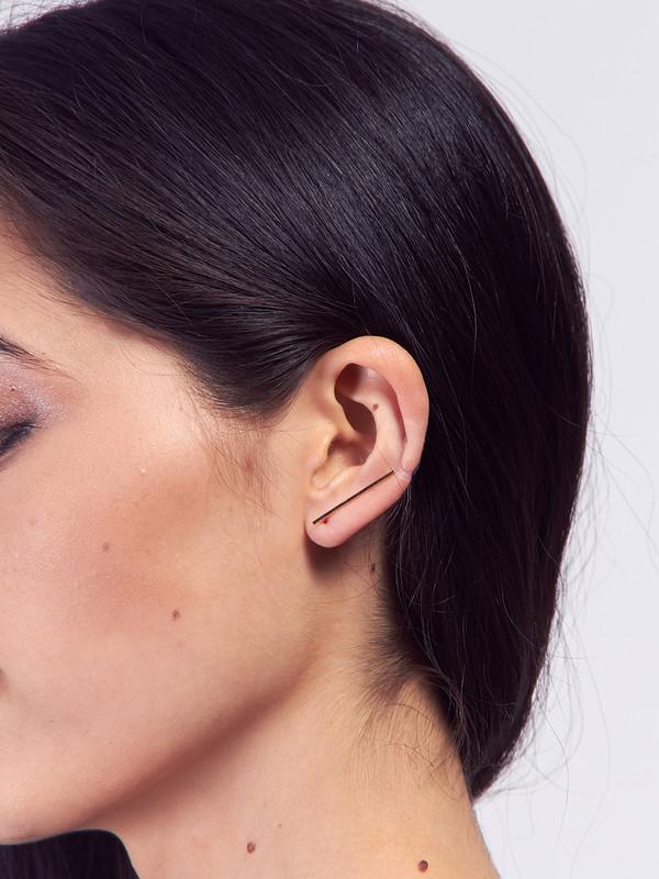 Kristen Elspeth Bar Ear Pin Gold