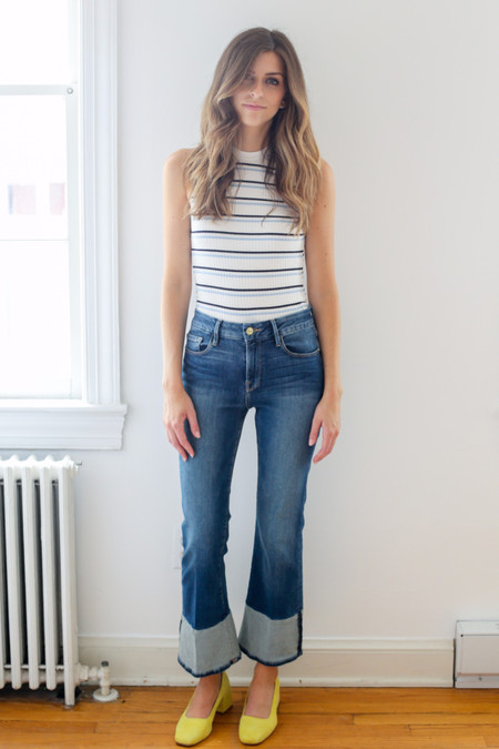 FRAME Denim Le Crop Mini Boot Reverse Cuff