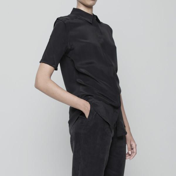 7115 by Szeki Short Sleeve Silk Button Down