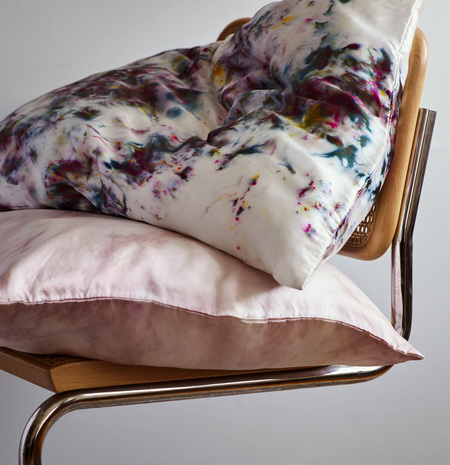 UPSTATE Silk Beauty Sleep Pillow in Galaxy