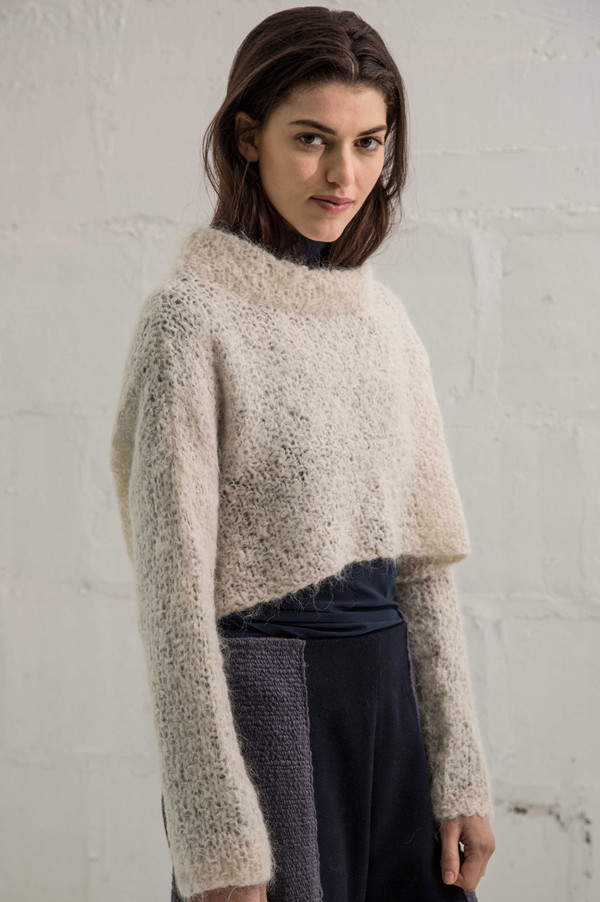 VOZ Cropped Sweater