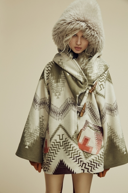 Lindsey Thornburg + Pendleton Beargrass Mountain Trench Cloak