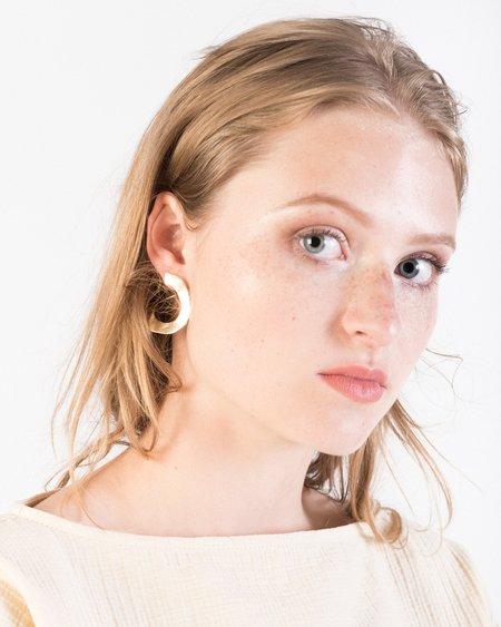 Luiny Irregular disk earrings in brass