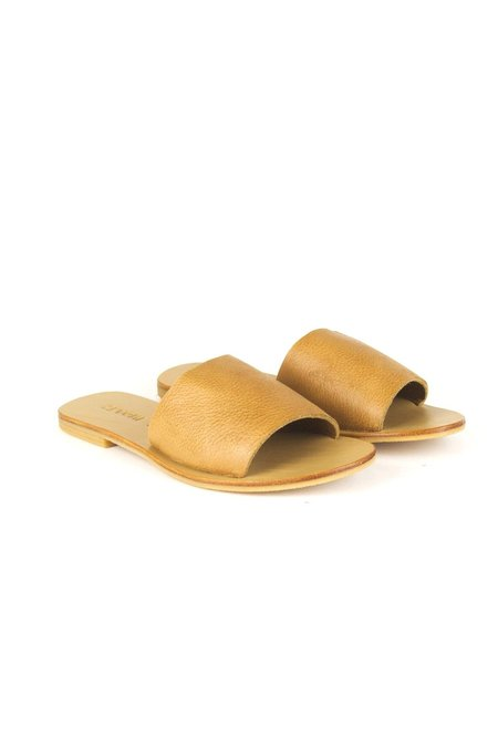 St. Agni Aiko Basic Slide Tan Leather