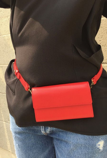 VereVerto Ado Bag in Cherry