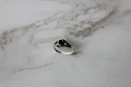 The Silver Stone Onyx Laurel Ring