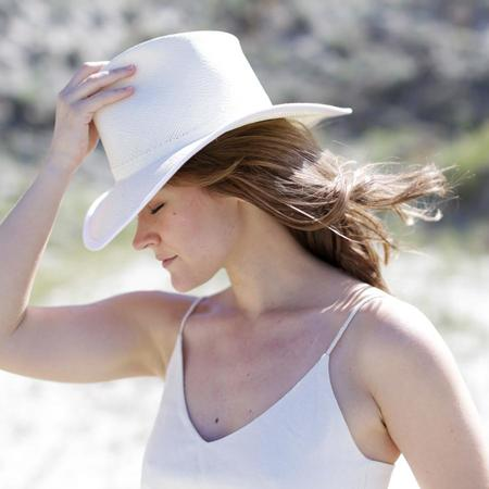 Clyde Wide Brim Pinch Panama Hat - White