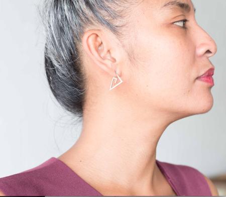 Alynne Lavigne Medium Spiral Earrings - Silver