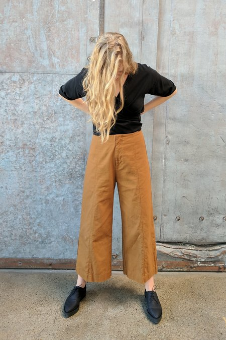 Esby Apparel Lucia Ankle Seamed Pant