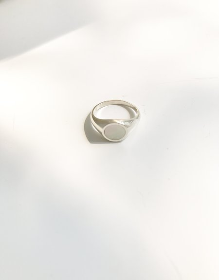 J. Hannah Round Signet Ring (mother of pearl)