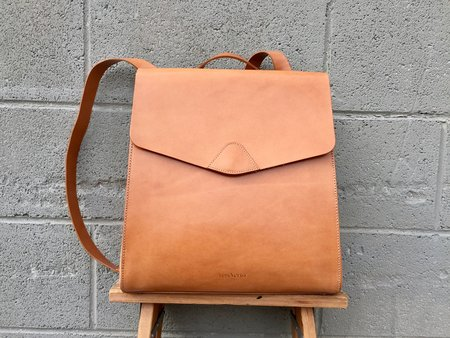 VereVerto Macta Handbag/Backpack in Honey