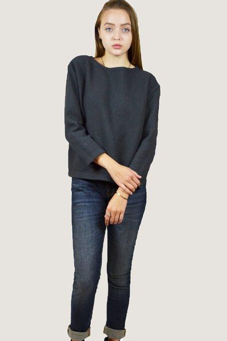 Black Crane Pullover - Charcoal