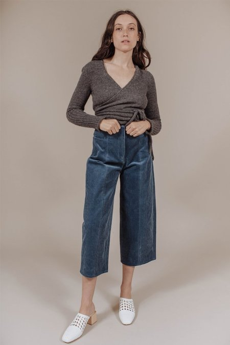 Where Mountains Meet Calder Pant in Steel Blue