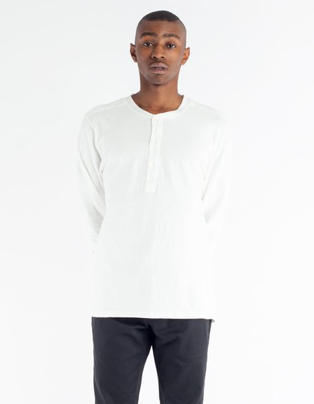 Homespun Knitwear Long Sleeve Coalminer Henley- Off White