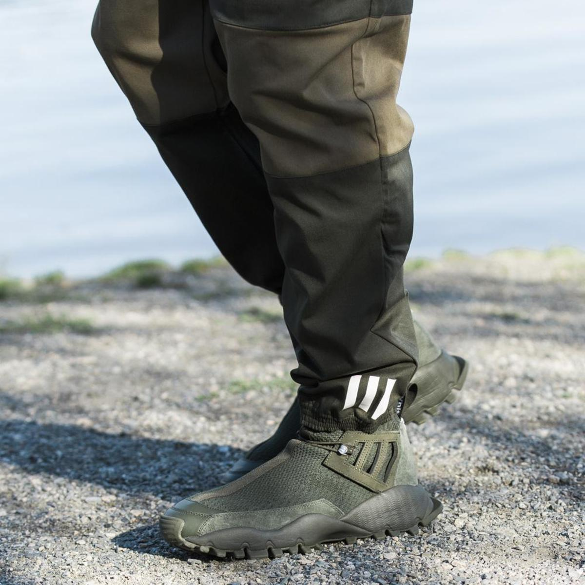 7b95d28da1b0 ADIDAS ORIGINALS BY WHITE MOUNTAINEERING SEEULATER ALLEDO - NIGHT ...